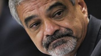 Intervenção é de extremo risco e parece jogada de marketing
