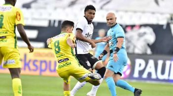 Corinthians supera retranca do Mirassol após expulsão e está na final do Paulista